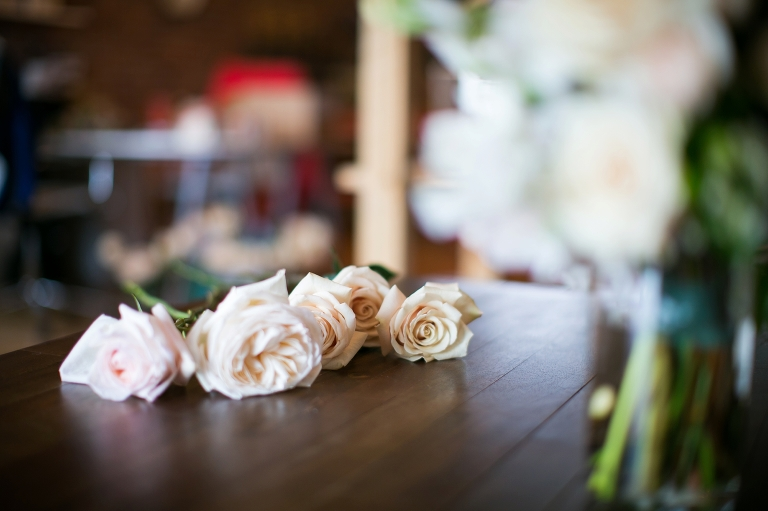 Why you should hire a great Denver Wedding Florist, Cori Cook Floral and Amy Caroline Photography_0001