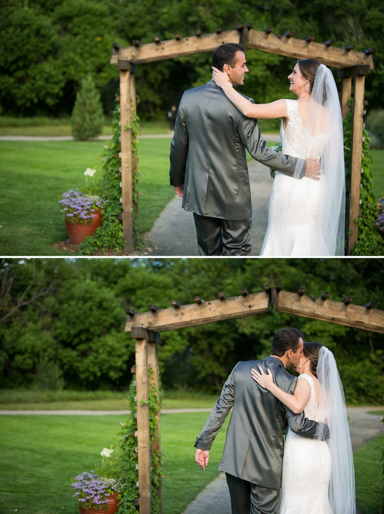 Denver Botanic Gardens at Chatfield Romantic wedding
